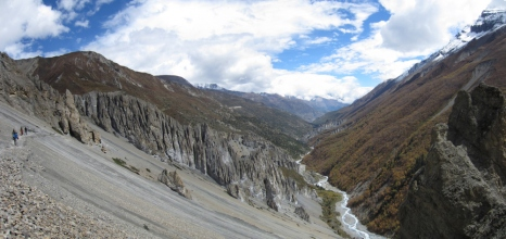 Landslide area on the way to Tilicho Base Camp